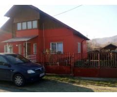 Casa 3 camere Com Bunesti Valcea (La 3 km de Govora)