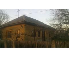 Casa veche 2 camere