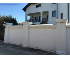 Vila de lux tip clasic cu piscina in Dobroesti