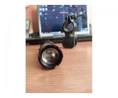 Lanterna bicicleta LED CREE Q5 si 2 acumulatori 2500mAH - Poza 3/5