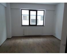 Apartament 2 camere, nemobilat, Militari