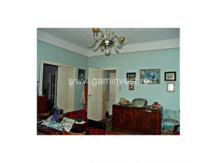 Apartament 4 camere, ultracentral, Oradea V1278 - 2/5
