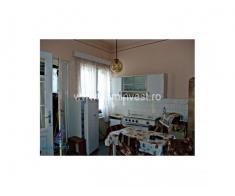 Apartament 4 camere, ultracentral, Oradea V1278 - Poza 4/5