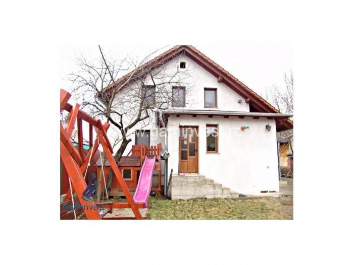 Casa de vanzare in Biharia, judetul Bihor V1207 - 2/5