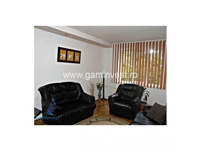 Apartament 3 camere de vanzare, Oradea V1334 - 1/5