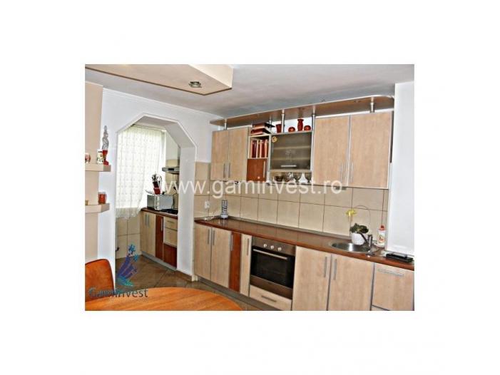 Apartament 3 camere de vanzare, Oradea V1334 - 3/5