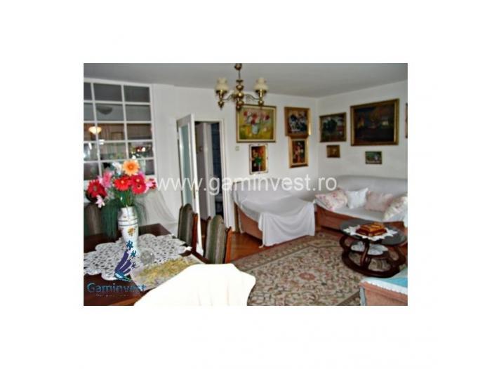 Apartament de vanzare cu 3 camere, zona Magheru  V1326 - 2/5