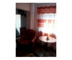 Vând apartament 3 camere cu spațiu comercial
