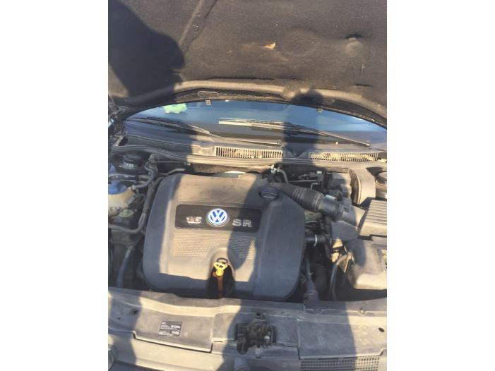 VW GOLF4 - 3/5