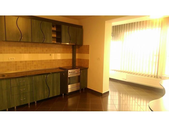Inchiriez Penthouse 3 camere LUX 120mp Panduri/Cotroceni - 2/5