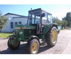 Tractor marca john deere 2130 LS