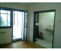 Inchiriez apartament 2 cam. semidecomandat, zona Floreasca - Poza 1/5