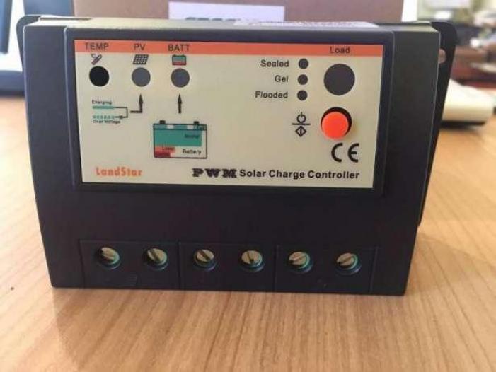 Regulator solar de incarcare 20A - 2/2