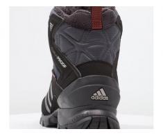 Vand ghete nr.48 superbe de iarna noi adidas profesional calduroase