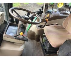 Tractor agricol John Deere 5720