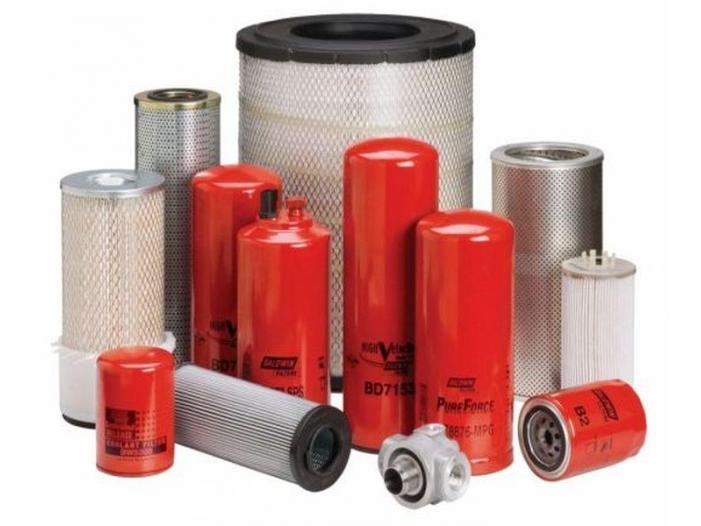 Seturi filtre tractoare, combine, camioane, utilaje - 1/1