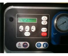 Incarcare freon auto A/C, Iulius Service, Constanta - Poza 3/3