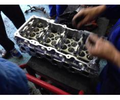 Decarburare motoare auto (Iulius Service Constanta)