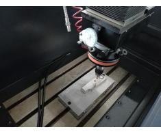 Masina de electroeroziune cu electrod