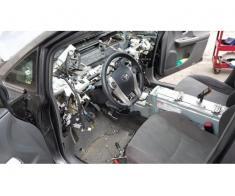 Inlocuiri si reparatii bord auto. Deblocare clapeti aer