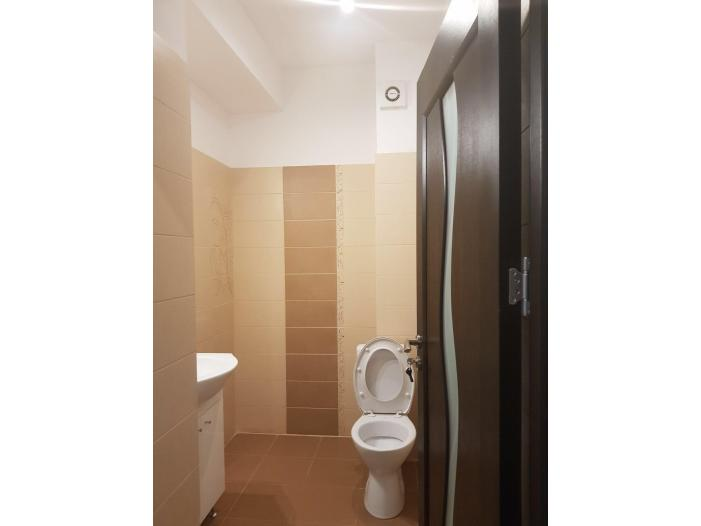 Apartament Parter pt salon, birou, cabinet Militari Auchan - 3/5