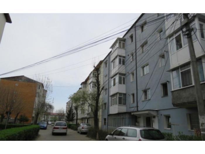 Apartament 3 camere, 51.62 mp, Bacau - 1/1