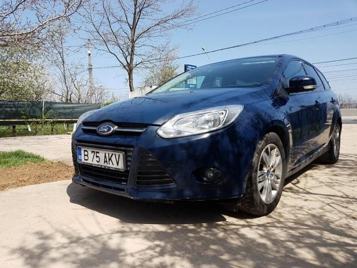 Vand Ford Focus - 1/3
