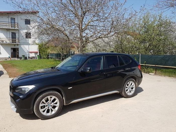 Vand BMW X1 - 1/3