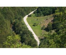 Vand 5000 mp,teren pe Valea Cernei