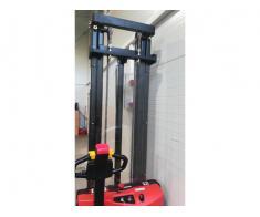 Transpaleta electrica 1.2 tone