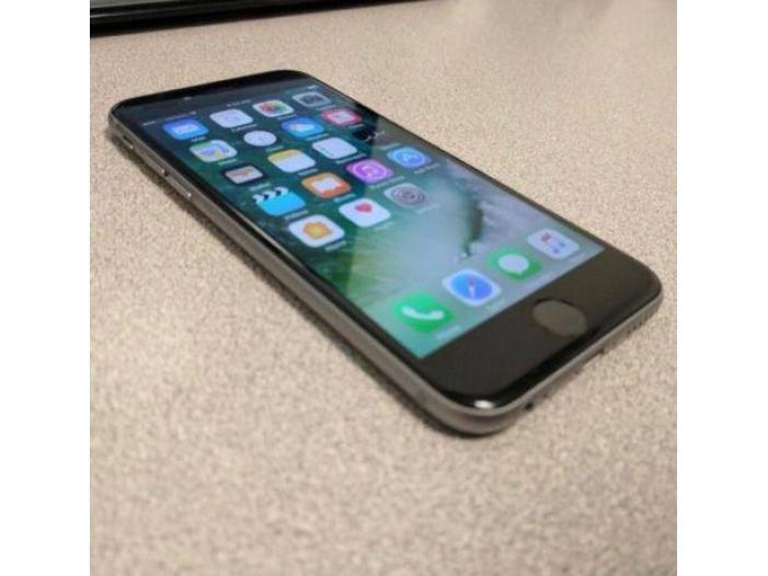 Iphone 6S PLUS - 1/1
