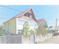 Teren 439 mp si casa P+E, Str. Salcamilor, Onesti, Bacau
