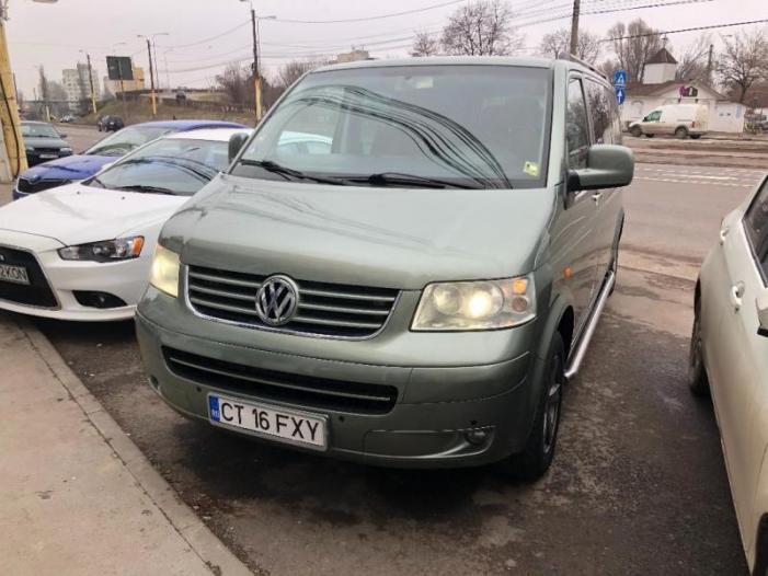 Volkswagen T5 - 1/2