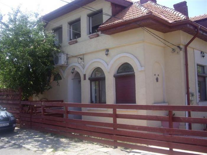 Vila Stil Brancovenesc,Eforie Sud P+M/anexa,12 cam,654mp teren - 1/5