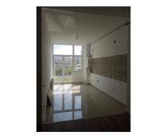 Vand garsoniera,etaj 1, zonaTractorul-Brasov