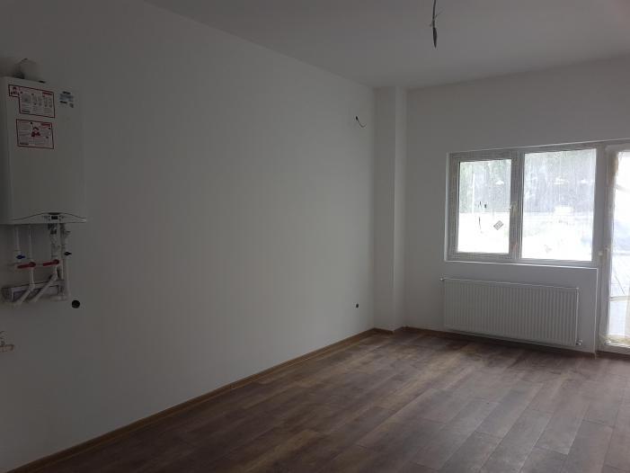 Vand apartament 2 camere, parter, zona Tractorul-Brasov - 2/2