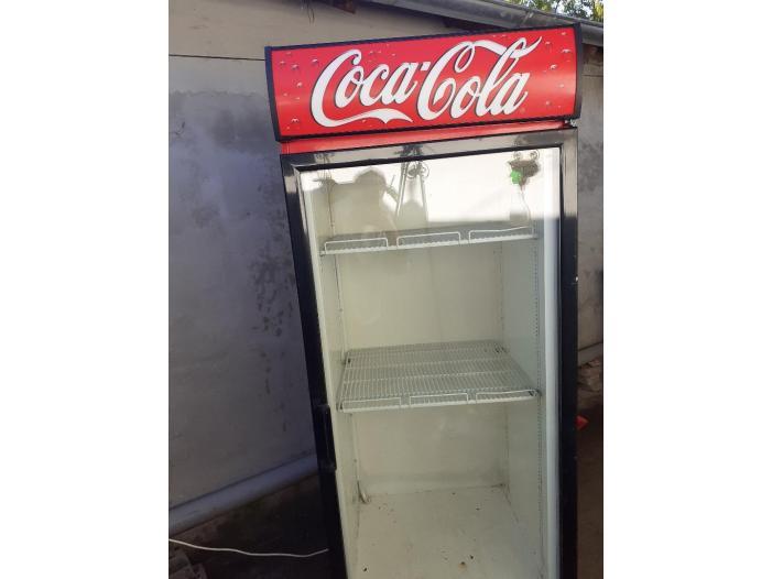Vitrina Frigorifica (Frigider) Coca-Cola - 1/2