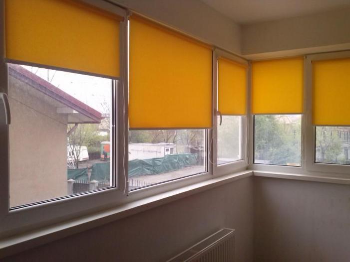 Jaluzele verticale / Usi garaj / Rolete textile - 1/5