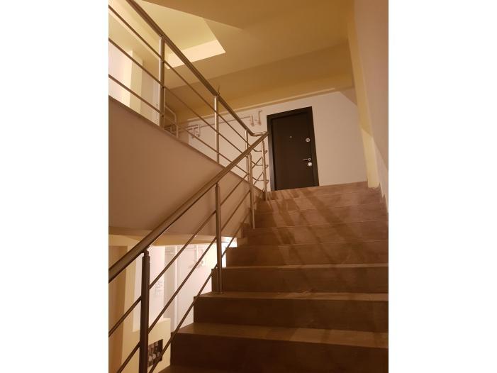Vand apartament 2 camere - 2/4