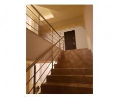 Vand apartament 2 camere - Poza 2/4