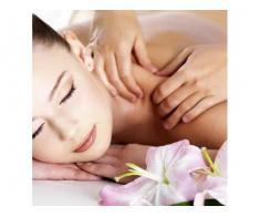 Efectuez diferite tipuri de masaj in functie de preferintele si nevoile clientului la