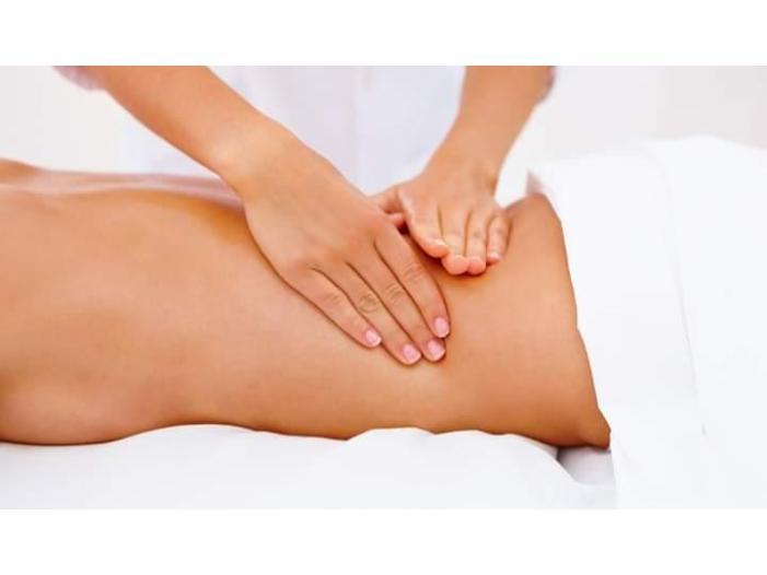 Efectuez masaj anticelulitic pentru persoane supraponderale cu exces de greutate sede - 2/5