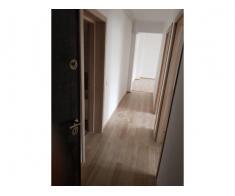 Apartament 3 camere (DIRECT PROPRIETAR)- 49500 euro