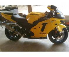 Moto Roadster kawasaki