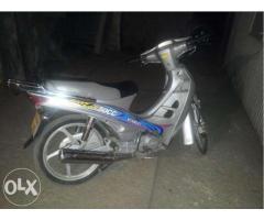 Motoreta(scuter) loncin 49cm2