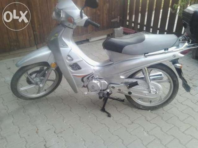 Motoreta(scuter) loncin 49cm2 - 3/3