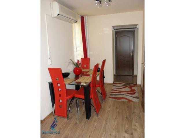 De vanzare apartament 4 camere, in Rogerius, Oradea - 2/5